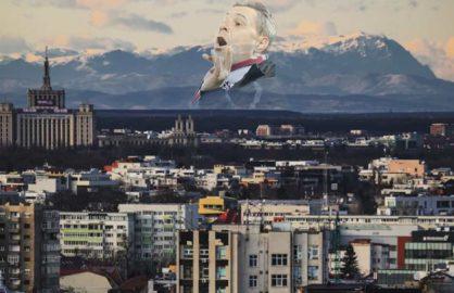 Fenomen spectaculos! Degetul lui Marius Sumudica a putut fi vazut din Bucuresti!