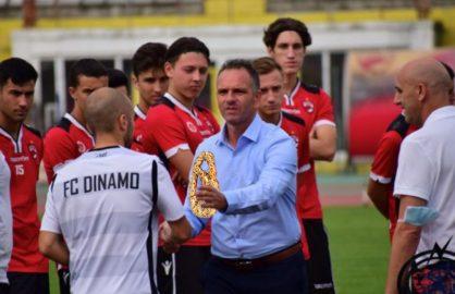 Scandal la Dinamo! Jucatorii s-au luat la bataie pentru o bucata de covrig!