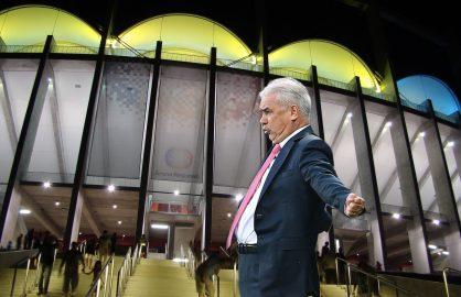 Apariție șocantă a lui Anghel Iordănescu pe Arena Națională! A cerut să fie lăsat pe gazon, ca să conducă naționala României